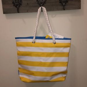 8cd0190ade NWT Clinique Beach Bag Travel Tote Striped Canvas